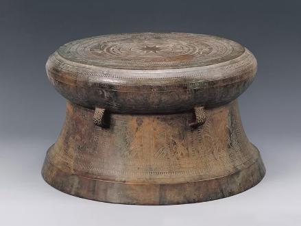 铜鼓的相关习俗